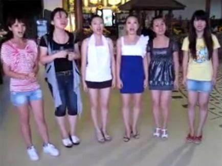 """Китаянки співають """"Щедрика"""" і завойовують медалі"""